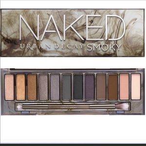 Naked Smokey eye palette